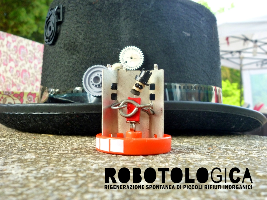 2015-07-Robotologica-NAF-semplice